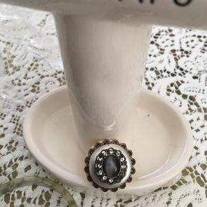 Jewelry - Fun ring